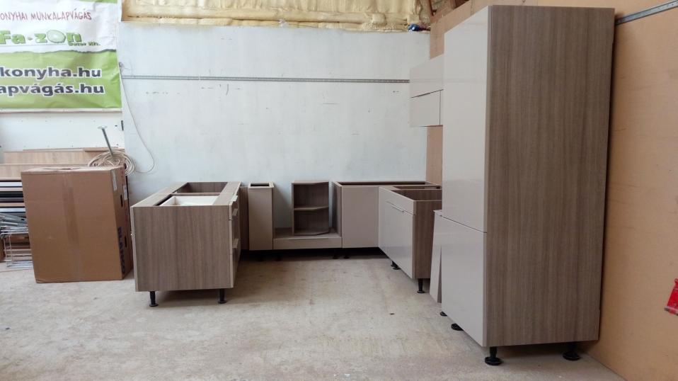 cappuccino-vilagos-sonoma-tolgy-u-alaku-modern-konyhabutor-7